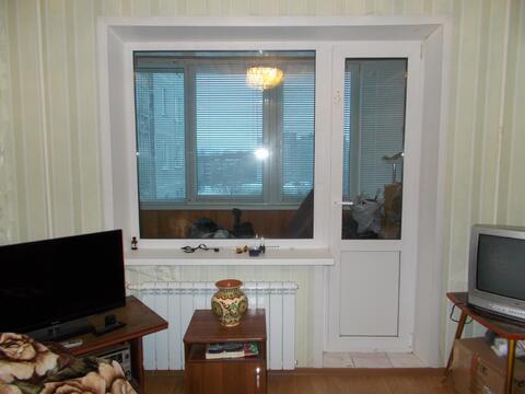 Продам 1-к квартиру, Тверь г, улица Строителей 8 - Фото 1