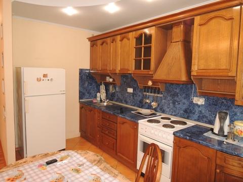 Двух комнатная квартира в Ленинском районе г. Кемерово - Фото 2