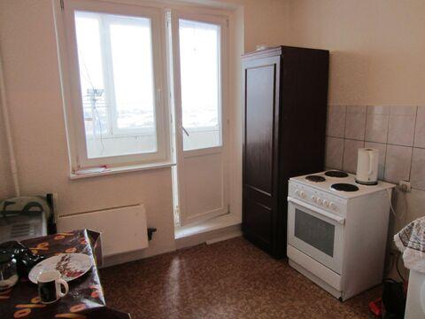 Продается однокомнатная квартира в панельном доме серии ип-46с. улица - Фото 2