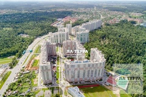 """Продажа 3-х комнатной квартиры в ЖК """"Изумрудные холмы"""" - Фото 2"""
