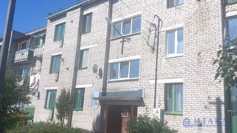 1 100 000 Руб., Продам двухкомнатную квартиру в Новосокольниках, Купить квартиру в Новосокольниках по недорогой цене, ID объекта - 313855518 - Фото 1