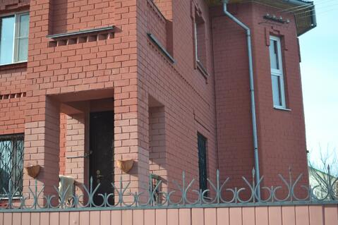 Продаётся 2-х этажный кирпичный коттедж со всеми удобствами с круглого - Фото 3