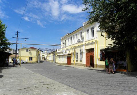 Квартира в исторической части Евпатории в 5 минутах от моря - Фото 1