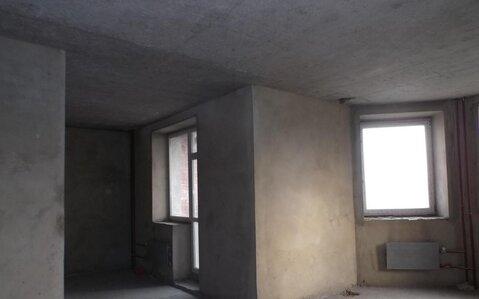 Просторная трехкомнатная квартира в элитном доме в центре города! - Фото 2
