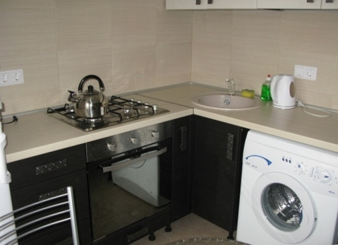 2-комнатная квартира на длительный срок в тихом районе - Фото 3