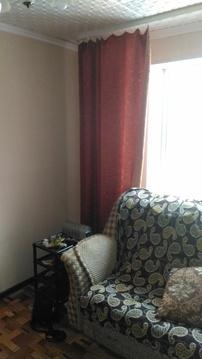 Комната разделена на зал и прихожую - кухню. - Фото 3