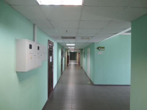 Нежилое помещение в г. Серпухов, ул. Ворошилова д. 57 - Фото 2