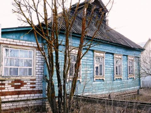 Домик в тихой деревушке, на берегу реки. - Фото 1