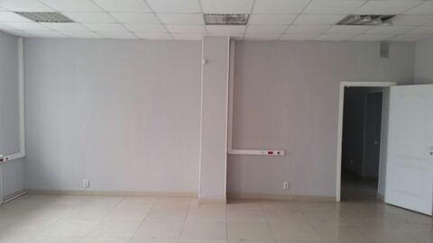 Торговое помещение в Индустриальном районе с отдельным входом - Фото 1