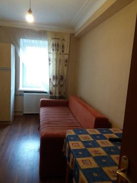 Продажа комнаты 11 м2 в трехкомнатной квартире ул Отто Шмидта, д 76б . - Фото 2