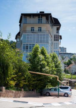 2 ком. в Сочи в новом доме с евроремонтом и видом на море - Фото 1