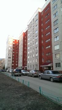 1 ком. на Балтийской, Купить квартиру в Барнауле по недорогой цене, ID объекта - 319110587 - Фото 1