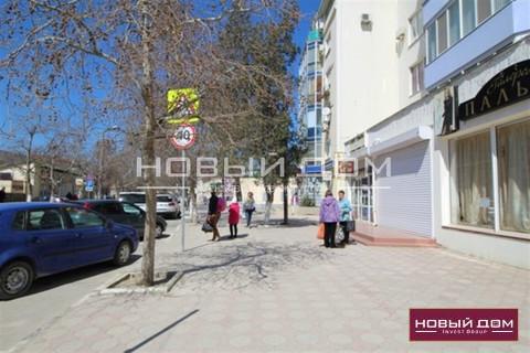 Нежилое помещение 198 м2 в центре города Судак на ул. Ленина 35-а - Фото 4