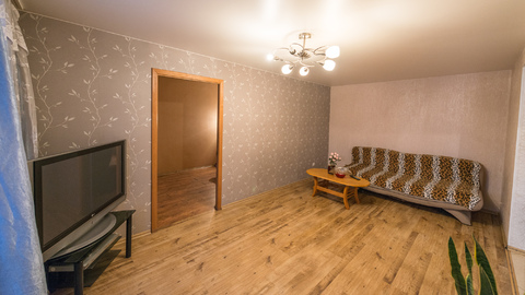 2-х комнатная квартира в центре посуточно - Фото 1
