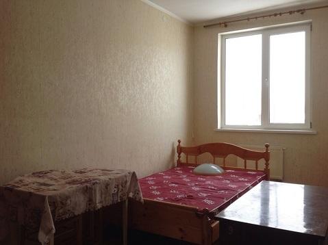 Продается 1-комнатная квартира на 1-м этаже в 3-этажном пеноблочном но - Фото 1
