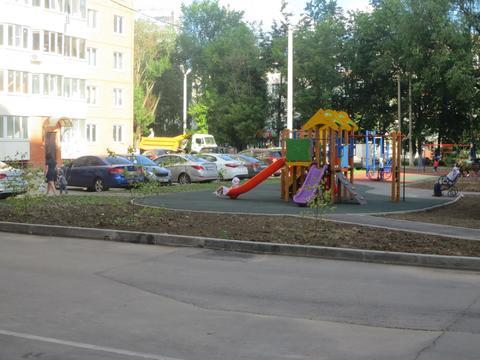 Сдаётся уютная 2 к. кв. в городе Серпухов, ул. Ворошилова, дом 143б - Фото 2