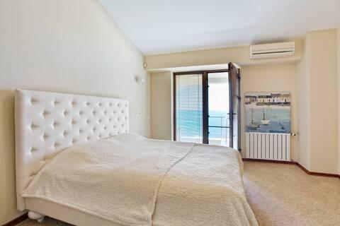 Шикарные двухуровневые апартаменты с видом на море в комплексе - Фото 2