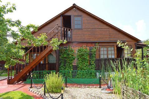 Загородный коттедж с ландшафтным дизайном на участке 12 соток. - Фото 2