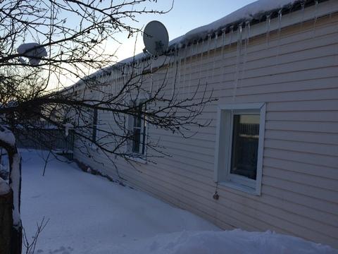 Продается кирпичный дом 70 кв. м, на участке 8 соток, в пгт Шарапово - Фото 2