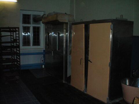 Здание (бывший сельмаг) в с.Буланово Октябрьского района. - Фото 3
