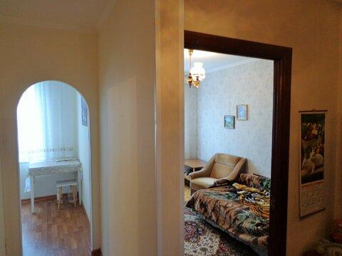 Сдаем на сезон 2х-комнатную квартиру с ремонтом ул.Саянская, д.15, к.3 - Фото 1