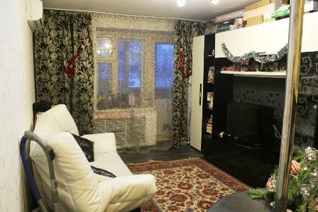 Продам 2-комн. квартиру ул.Вятская Гостинная-студия+спальная - Фото 2