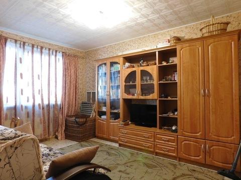 З-х комнатная квартира в Дзержинском р-не,72м2, на ул. Строителей - Фото 1