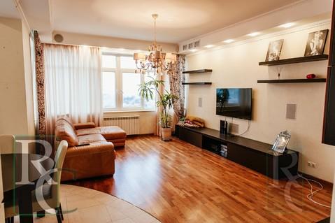 Видовая трехкомнатная квартира в центре Севастополя - Фото 1
