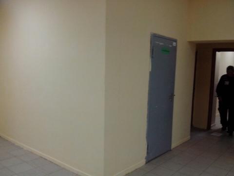 Помещение на первом этаже торгового центра на первой линии - Фото 5