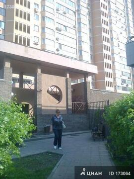 Продается Двухкомн. кв. г.Москва, Никулинская ул, 5/2 - Фото 1