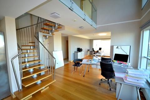 Kвартирa двух уровней в Риге. Вид на Старую Ригу! - Фото 4
