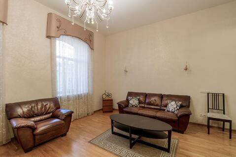 Солидная квартира с двумя спальнями на углу с Невским проспектом - Фото 3
