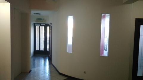 Помещение на 1-м этаже, отдельный вход с пр-та Ленина, 150 кв.м - Фото 1