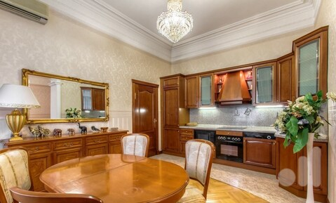 4-х комнатная квартира в сталинском доме Маяковская - Фото 1