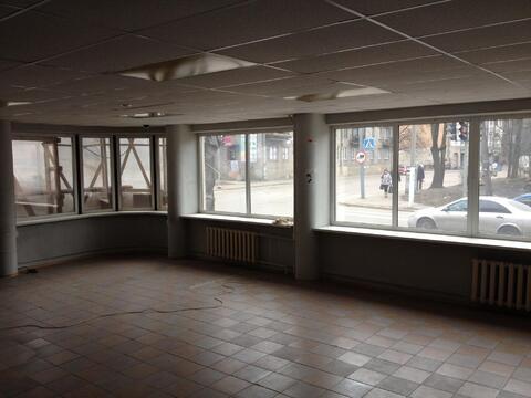 Торговая площадь в аренду в центре Выборга - Фото 1