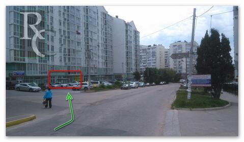 Продается торговое помещение в первой линии на улице Колобова - Фото 1