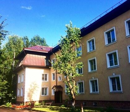 Срочно продам квартиру в отдельно стоящем доме - Фото 1