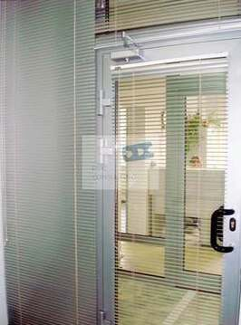 Недорогой офис 13,7 кв.м. в административном корпусе на ул.Нансена - Фото 1