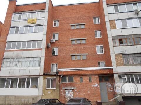 Продается 4-комнатная квартира, ул. Воронова - Фото 1