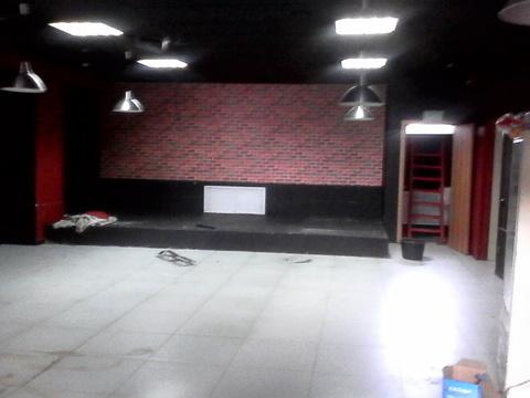 Помещение на цокольном этаже с отдельным входом, 105 кв.м - Фото 1