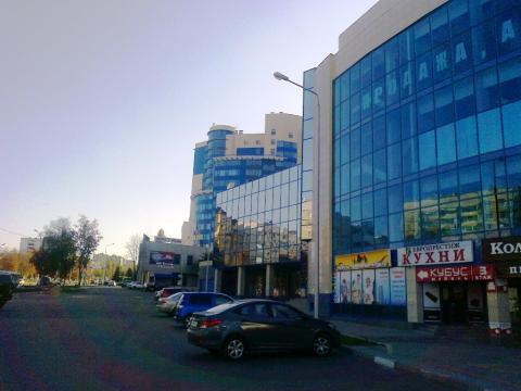 Торговое помещение 1025 кв.м. на Водстрое - Фото 1