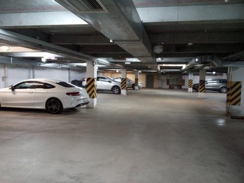 Машиноместо в центре города по отличной цене!(24 м2) - Фото 1