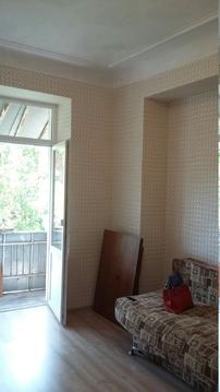 В центре комната в 3 комнатной квартире - Фото 3