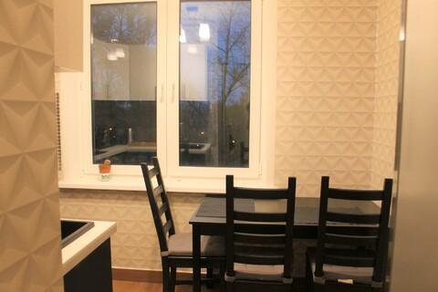 Продам 3-х комн квартиру со свежим евроремонтом. - Фото 2