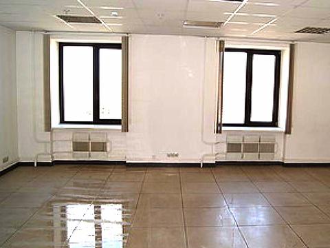 Офис в аренду, 52кв.м. ул. Белинского, есть парковка. Нов. дом, центр. - Фото 1
