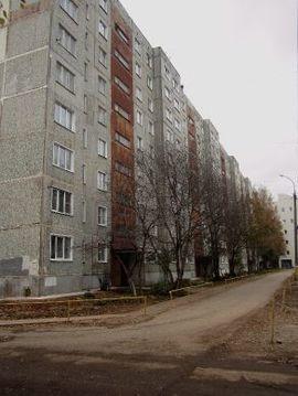 Продажа 3-комнатной квартиры, 64.7 м2, проспект Строителей, д. 42 - Фото 1