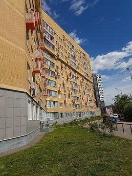 Продается двухкомнатная Квартира с дизайнерским ремонтом - Фото 1
