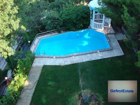 Сдается вилла с бассейном рядом с морем - Фото 1