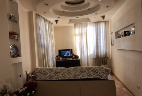 Отличная 2к квартира с видом на парк академика Сахарова - Фото 1