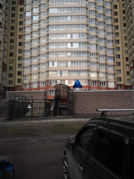 Аренда квартиры, м. Звездная, Ул. Орджоникидзе - Фото 1